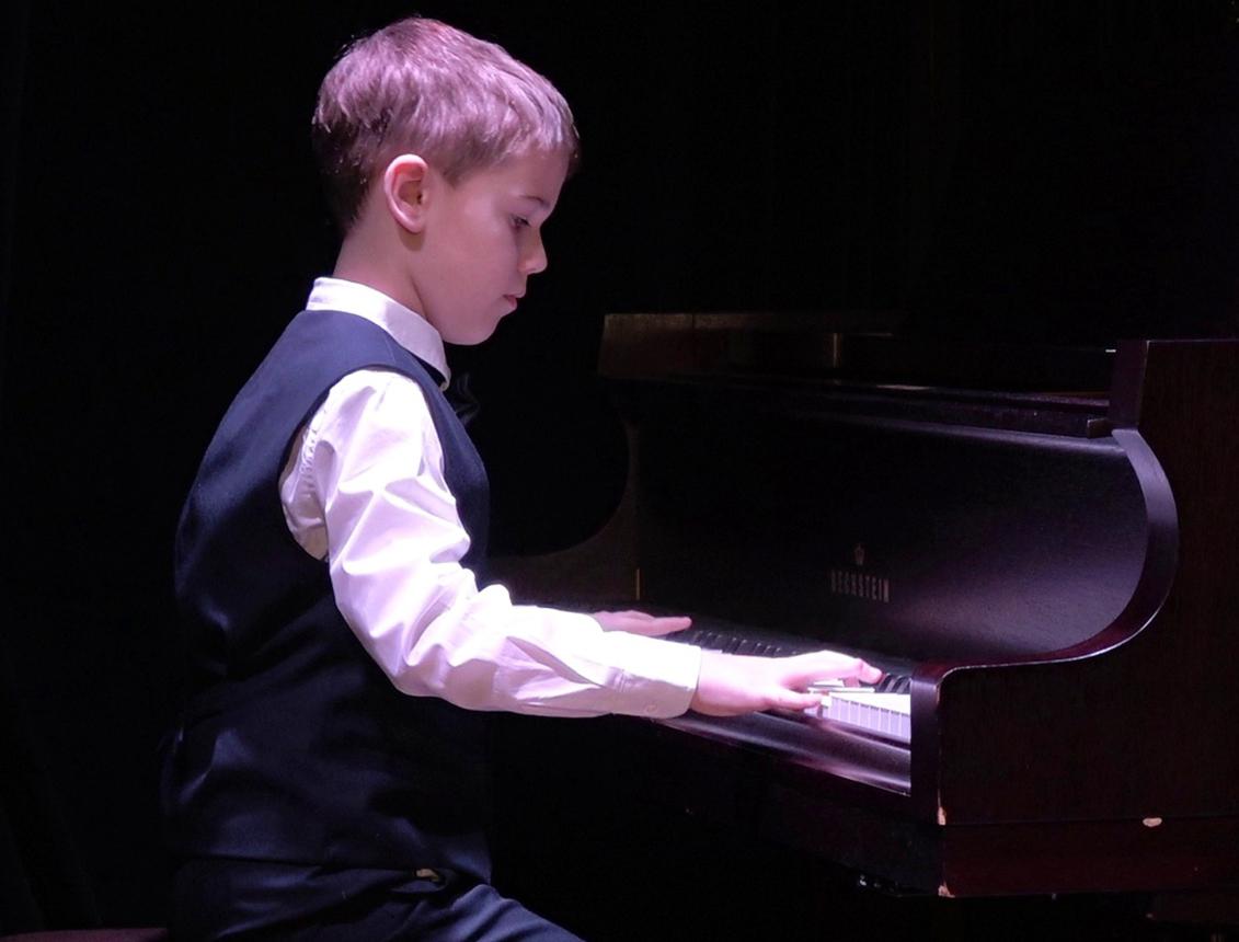 Концерт ко Дню Рождения школы Меломан